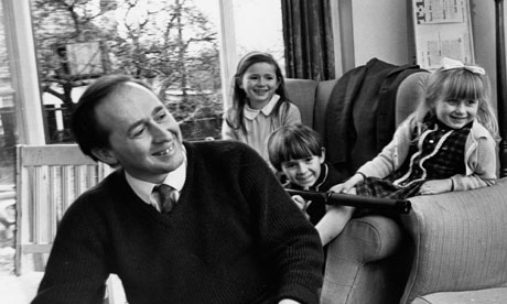 JG-Ballard-with-his-child-006