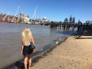 Beach on Thames - Thames South Bank walk