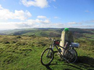 Ysgwd-ffordd - Glyndŵr's Way