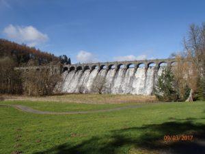 Lake Vyrnwy Dam - Glyndŵr's Way