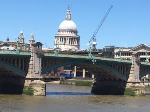 St Paul's - Thames South Bank walk